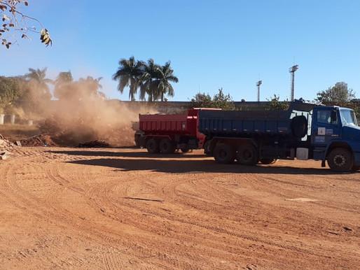 Administração de Ceilândia retira lixão em terreno no P Sul