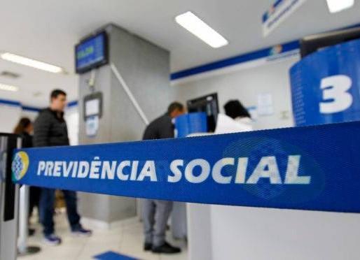INSS começa a pagar hoje 13º salário de aposentados e pensionistas