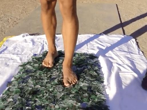 Ceilândia traz hipnólogo que põe atletas para andar em cacos de vidro