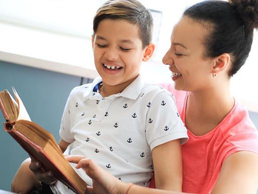 Família que lê com filhos constrói memória afetiva para toda a vida