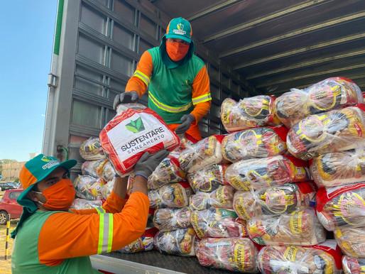 Garis entregam mil cestas básicas para famílias afetadas pelo coronavírus