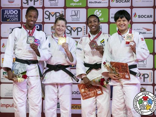 Ceilandense Ketleyn Quadros conquista o bronze em Abu Dhabi