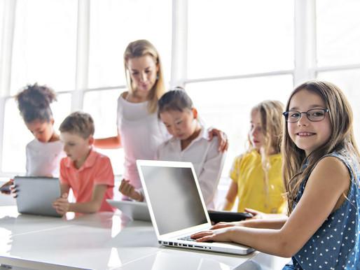 Tecnologia nas escolas é mais ofertada na rede particular, afirma Censo