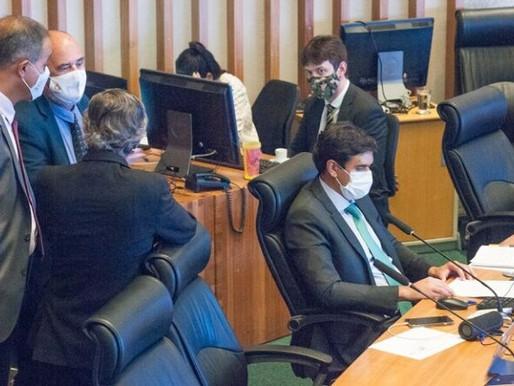 Coluna 061: Deputados manobram para enterrar CPI da Pandemia