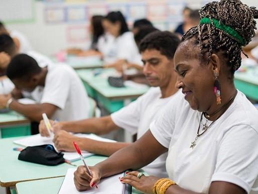 Escolas públicas de Ceilândia abrem inscrição para EJA