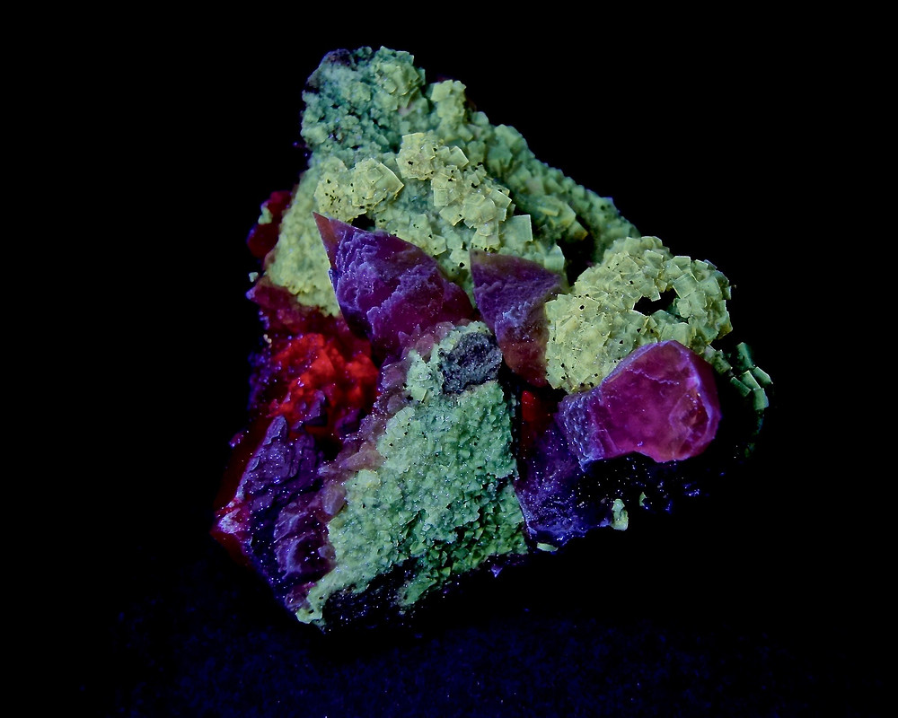 Calcite in Fluorite From Moscona mine under SW