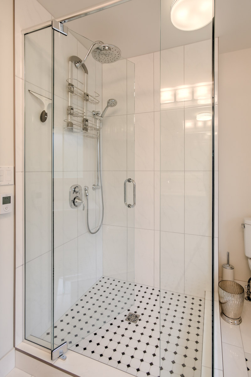 Bathroom Renovation, Seamless Glass Shower, Kamloops, BC