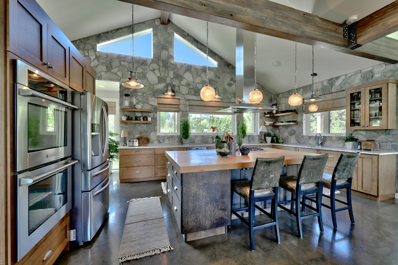 Custom Home Design | Meadowlands, Barnhartvale, Kamloops, B.C.