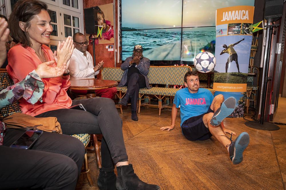 Show Freestyle Football pour une soirée sur le tourisme avec le ministre de la Jamaïque, le freestyler Corentin Baron de l'équipe Trick Me a assuré le spectacle et l'animation.