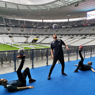 Show Football Freestyle au stade de France pour un évènement entreprise Elextrolux