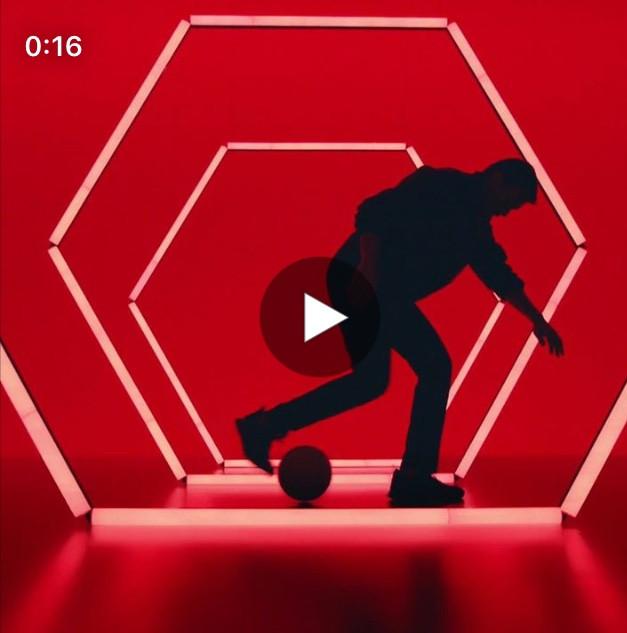 Doublure Freestyle Football pour Louis Vuiton