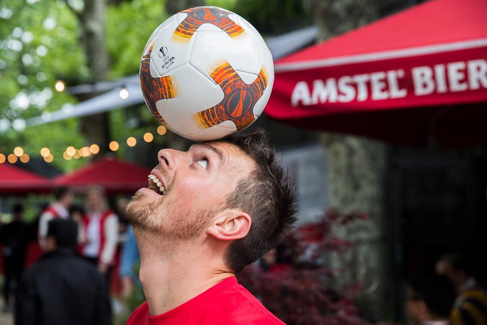 Corentin Baron assurait l'animation Football Freestyle dans le cadre de la finale de l'Europa League à Lyon. L'équipe Trick Me était à Lyon pour des animations et show football freestyle dans le cadre d'un évènement organisé par Heineken sponsor de l'UEFA le jour de la finale de l'Europa League.