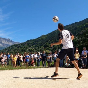 Démo Football Freestyle pour une inauguration de terrain sportif