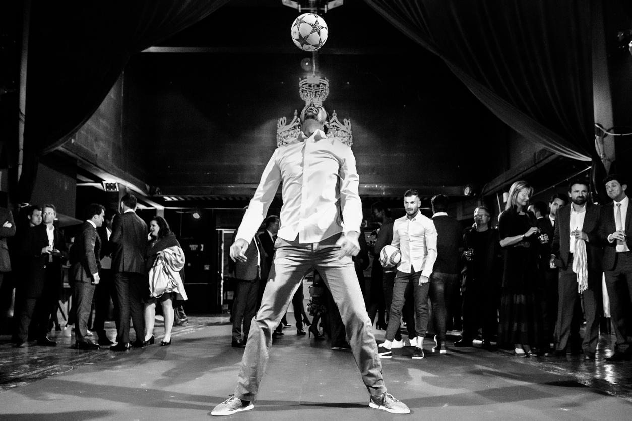 Show Football Freestyle par l'équipe Trick Me lors de la soirée de gala de l'olympique de Marseille