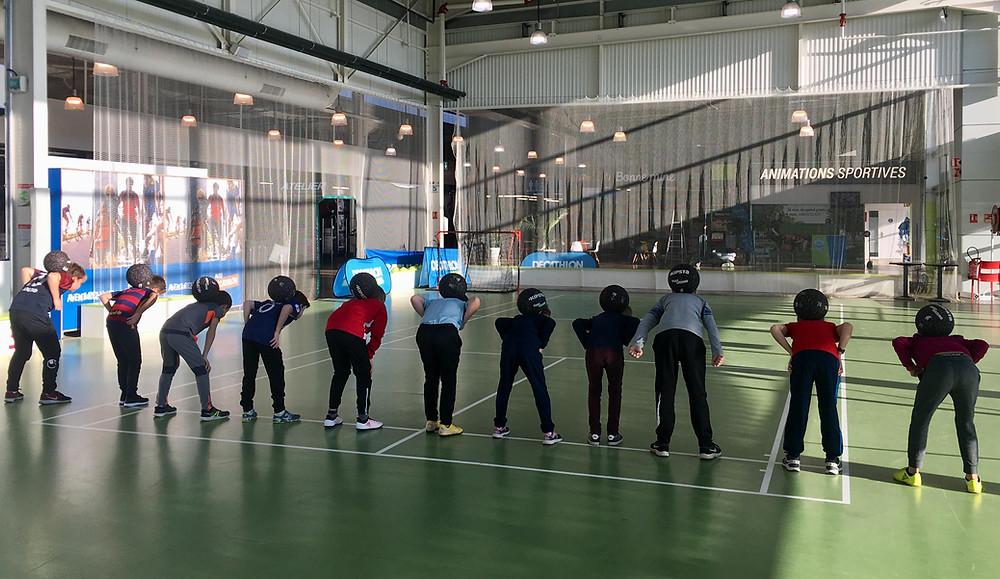 Stage Freestyle Football à Angers pour apprendre les gestes techniques, jonglage avec le ballon et acrobaties avec le freestyler professionnel Corentin Baron