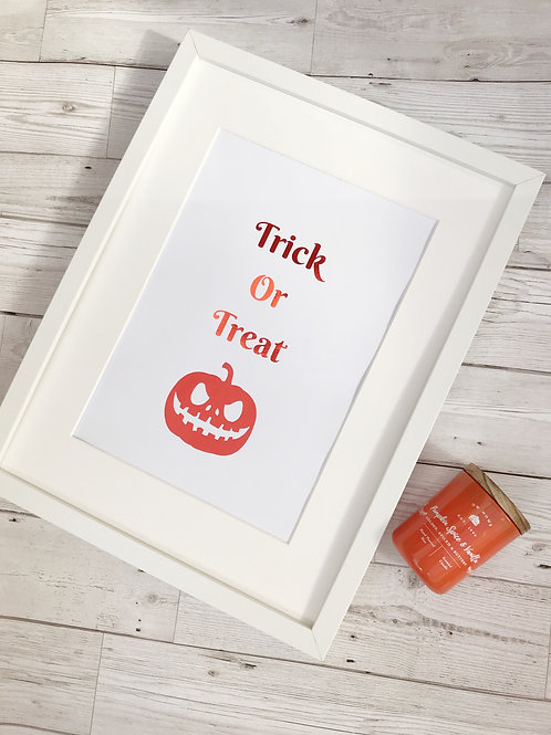 Foil Print Trick Or Treat Sign