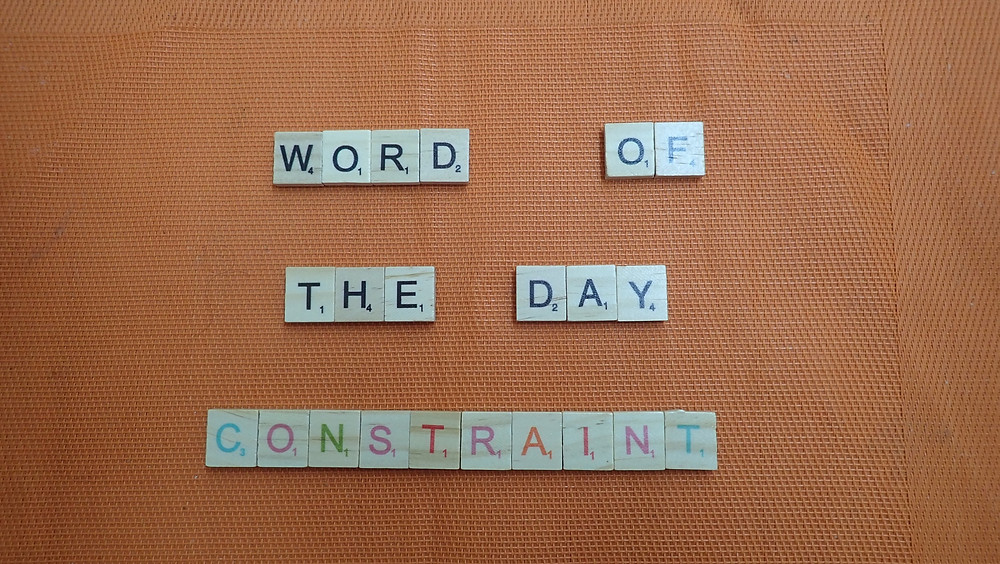 How to pronounce Constraint
