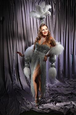 sibyl vane performer burlesque bar.jpg