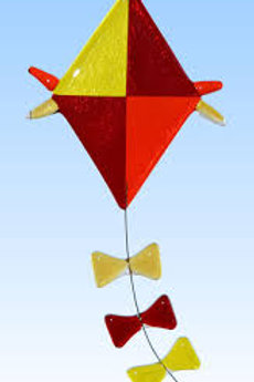 Fused Glass Kite/10:30-11:15 a.m./September 27th