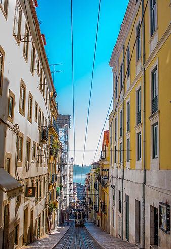 alt lisboa, tranvia, portugal