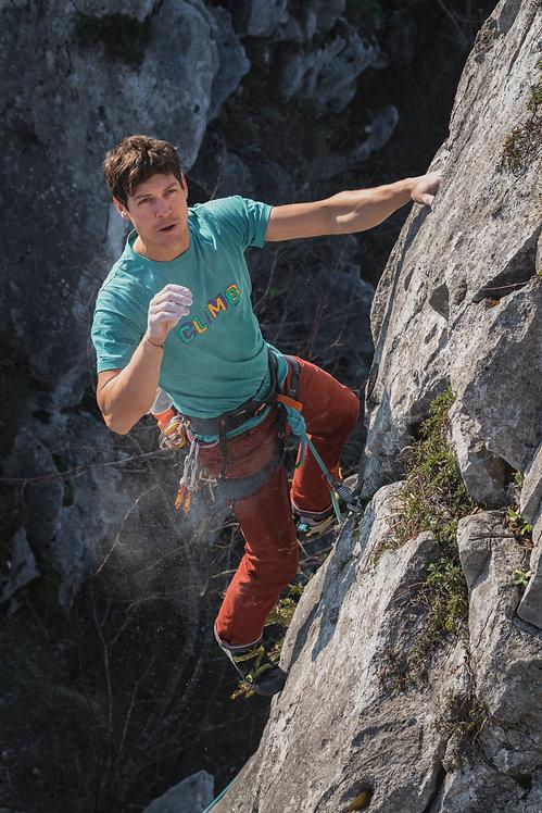 SoSolid Rock Pants Rot beim Klettern