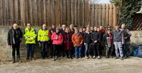 44 helfende Hände machen Leversbach sauber
