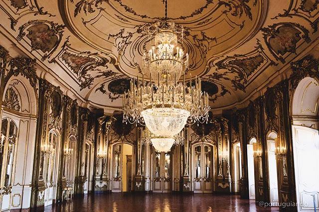 Sala do Trono, Palácio de Queluz