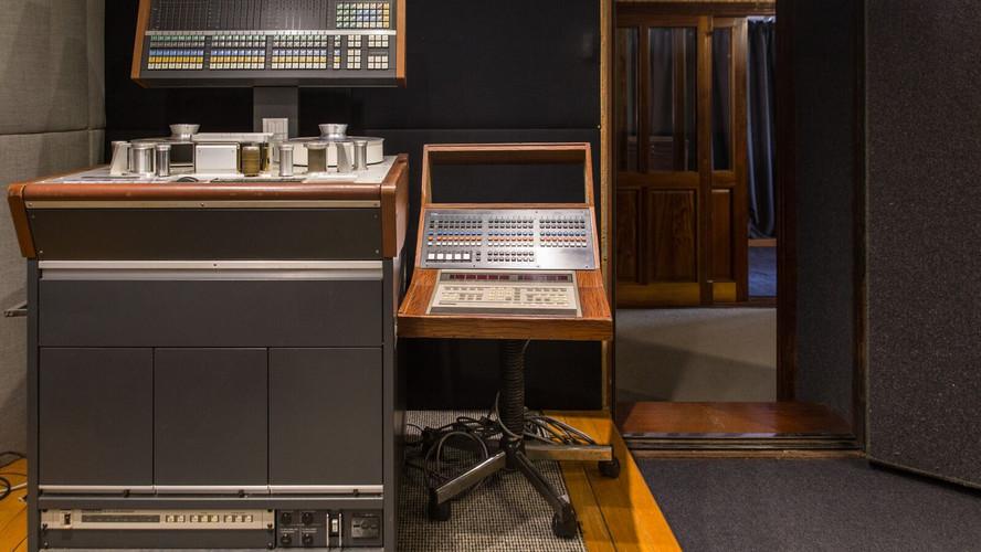 Studio 11.jpeg