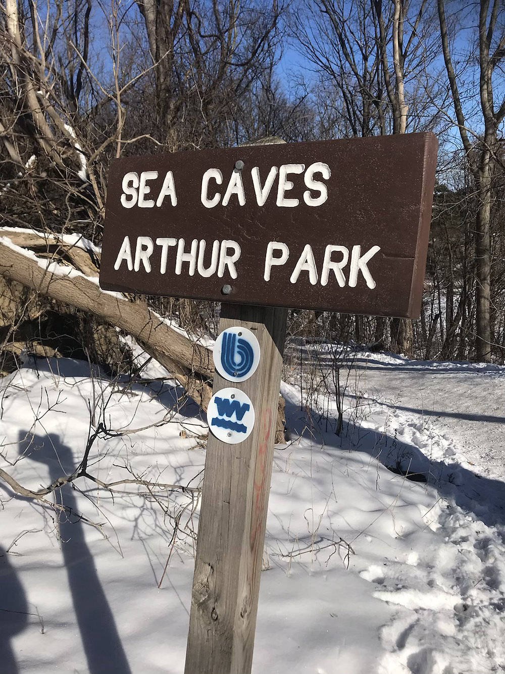 Trail head marking the way to the cave
