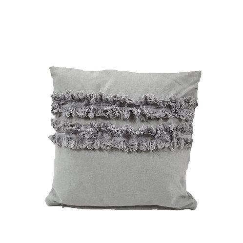 כרית כותנה בצבע אפור בהיר עם פרנזים