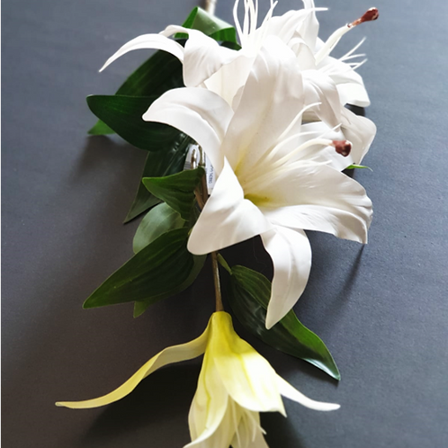 ליליות סילקון לבן -פרחי משי לעיצוב הבית