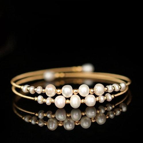 Bracelet multi-couches fait de Perles d'eau douce véritables