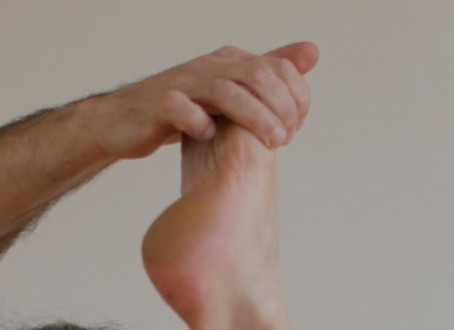 A 5 minute solution to flat feet