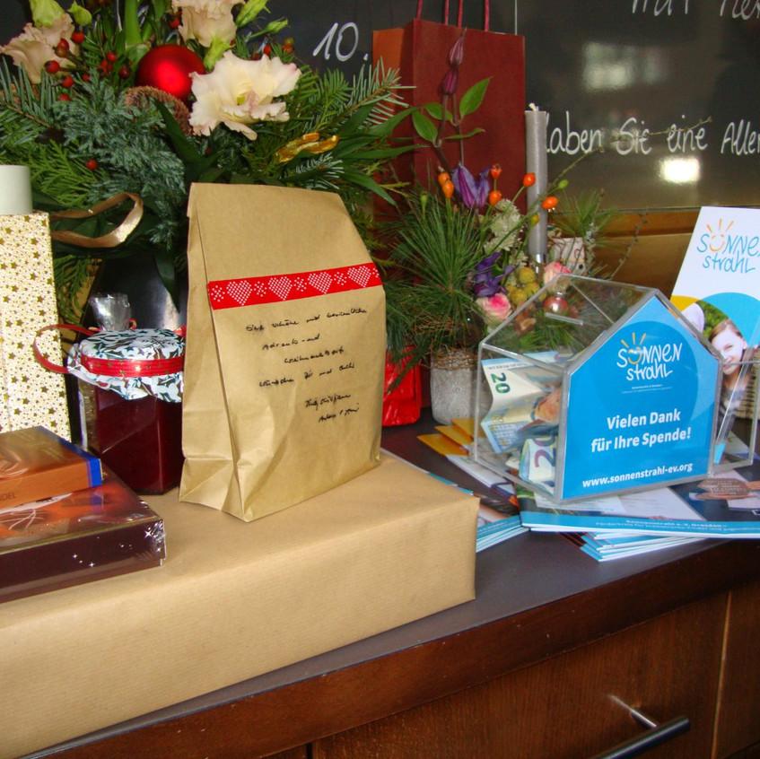 Spendenbox & Gäste-Mitbringsel