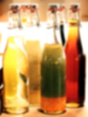 verschiedene Vinaigrettes zu unseren frischen Salate
