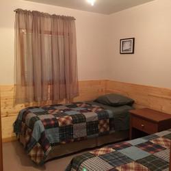 Bedroom, 2 single beds