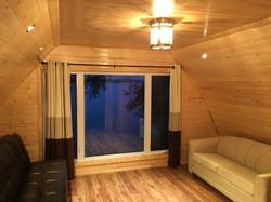 2 floor room