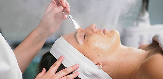 facials-what-to-expect-inline-2.jpg