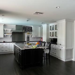 Raul Kitchen.jpg