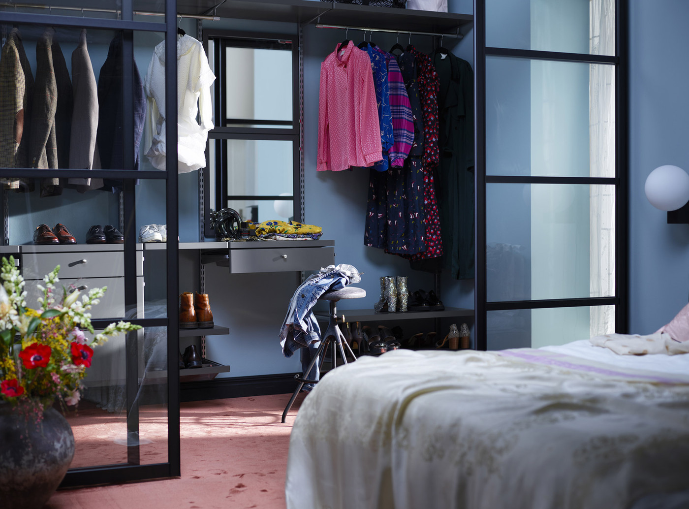 Elfa-decor-walkincloset-bedroom-5_HIRES-