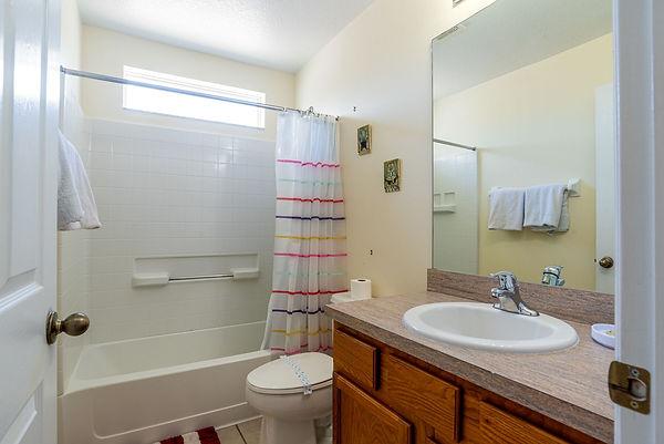 twin bathroom.jpeg