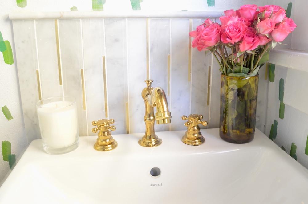 Brass bathroom hardware, carrara marble backsplash, interior design, DIY, One Room Challenge, powder room renovation, grandmillennial style, traditional home style