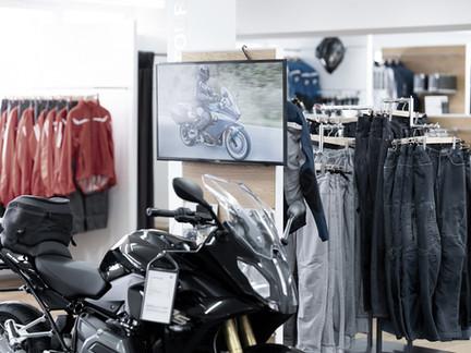 BMW Motorrad Bekleidung bei Motos Knüsel in Entlebuch.jpg
