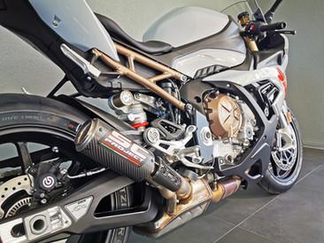 Motos Knuesel BMW S 1000 RR Grau 2.jpg