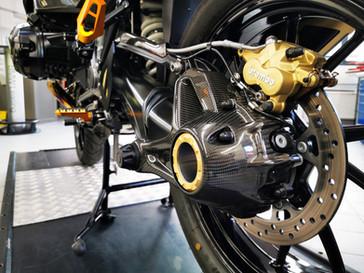 Motos Knuesel BMW R 1250 GS Umbau 18.jpg