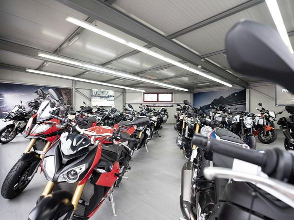 BMW Motorrad Ausstellung. BMW Motorräder testen und probefahren in Luzern