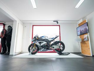 BMW Motorrad kaufen bei Motos Knüsel.jpg