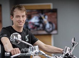 Philip Gassmann Motos Knüsel _2021.jpg