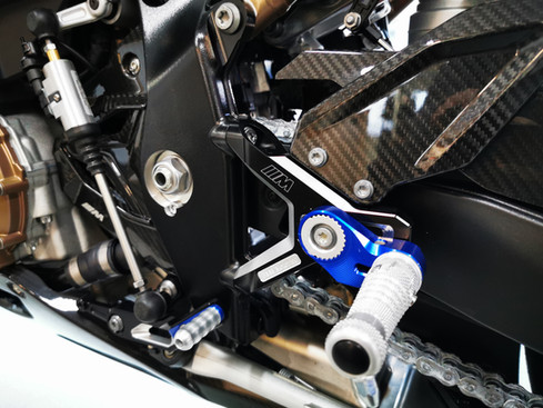 BMW S 1000 RR M  Carbon 1.jpg