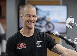 Christian Schmidt Motos Knüsel _2021.jpg